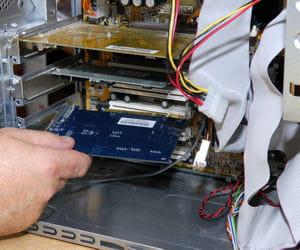 la réparation informatique fait partie des secteurs sûrs.