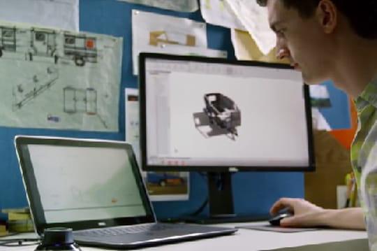 Stations de travail : écran, socle, souris... rien n'est accessoire