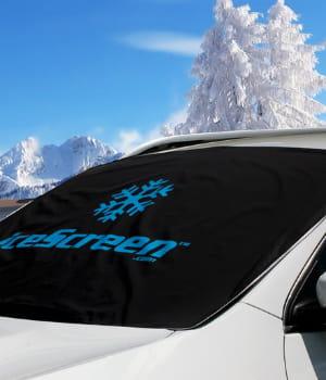 cette bâche protège efficacement les parebrises de la neige et de la glace.
