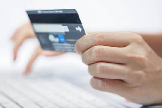 30marchands dont Amazon attaquent Visa et Mastercard