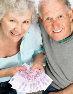 les avantages fiscaux accordés aux assurances maladies complémentaires sont à