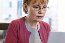 pour compléter leurs revenus, les seniors demeureront parfois des actifs comme