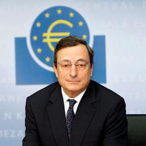 mario draghi lors de sa première conférence de presse en tant que président de