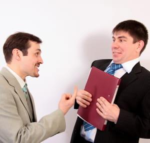 n'exagérez pas vos réactions au risque d'énerver ou d'apeurer vos collègues.