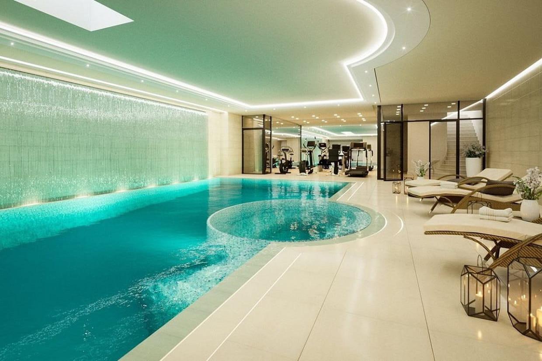 Avec sa piscine int rieure for Prix d une piscine interieure