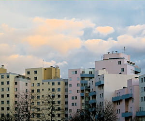 a dijon, un appartement se vend en moyenne à 2282euros le mètre carré.
