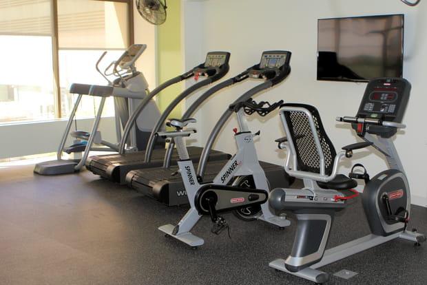 Une salle de gym
