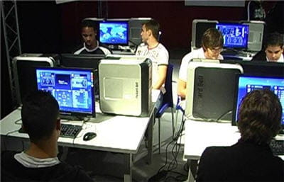 un réseau local géant entre joueurs.