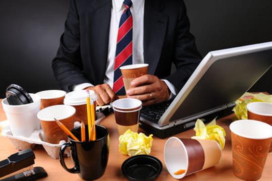 Un bureau en désordre pourrait être une bonne chose