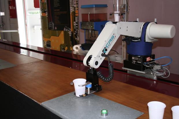 Le robot barman