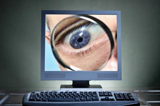 """La NSA surveillerait des forums sur Linux jugés """"extrémistes"""""""