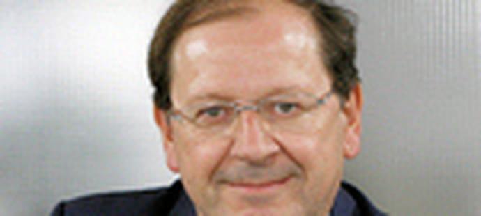"""Hervé Novelli (Secrétaire d'Etat aux PME):""""Le statut de l'auto-entrepreneur est une véritable révolution"""""""