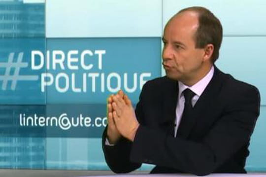 """Jean-Jacques Urvoas (PS) : """"Nous n'avons pas signé le Patriot Act"""""""
