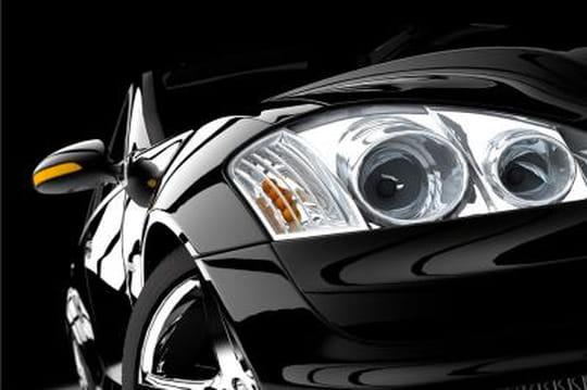 Le secteur automobile est un des rares à limiter la casse sur Facebook