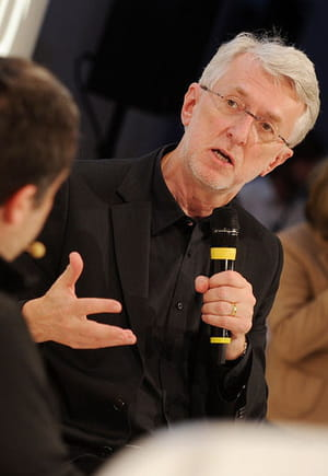 jeff jarvis, professeur à l'école de journalisme de l'université de new york.