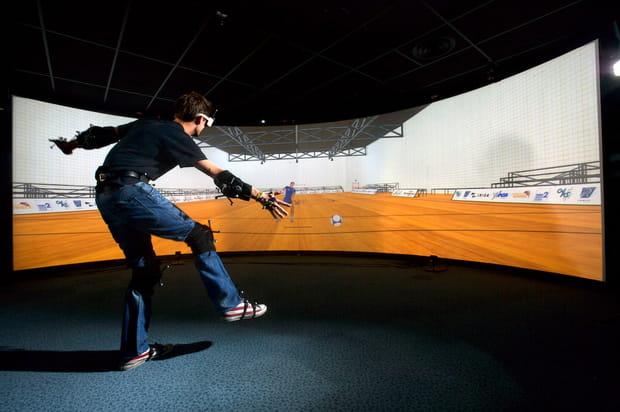 Une salle de réalité virtuelle immersive