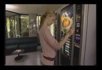exemple de paiement sans contact dans le cas d'un distributeur automatique