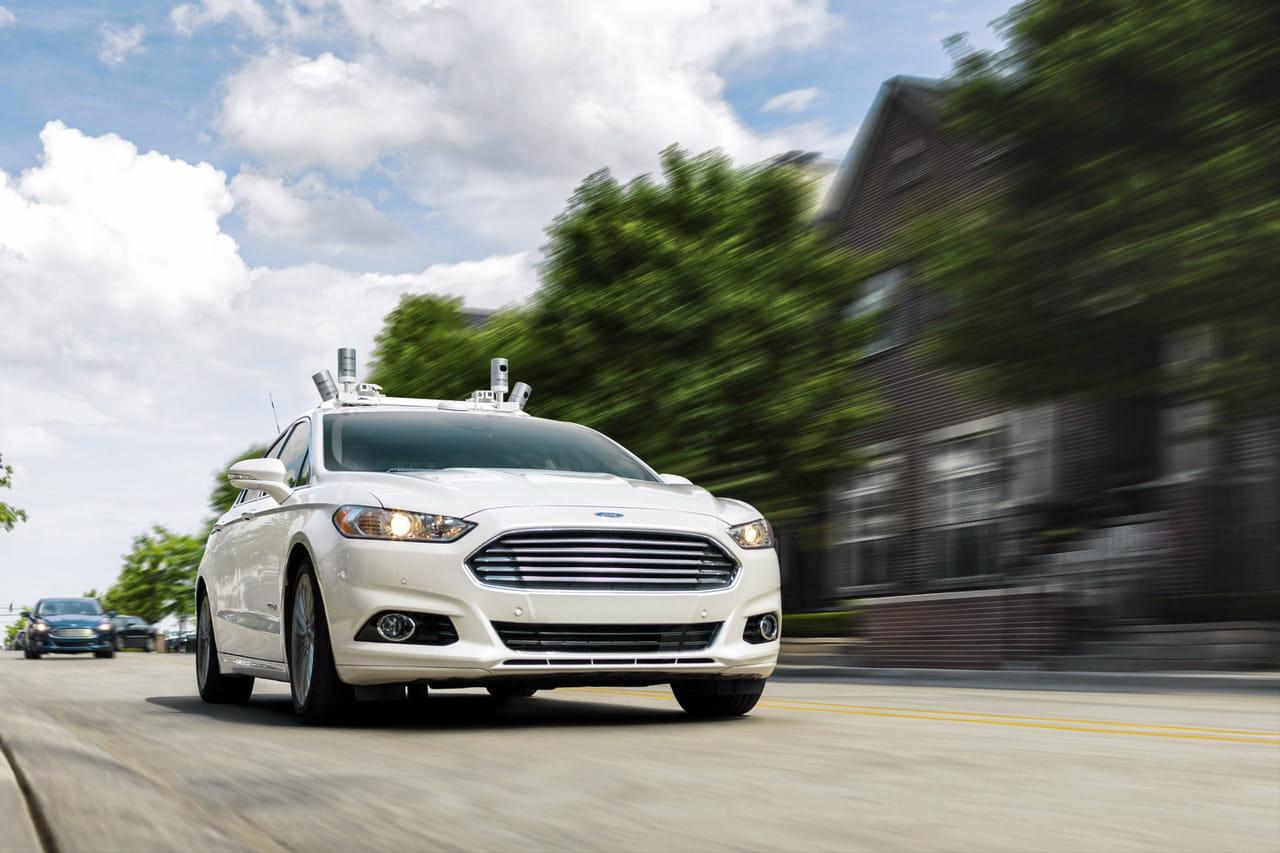 Milliards et partenariats, la recette de Ford pour imposer sa voiture autonome