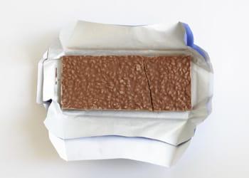 un euro = une tablette de chocolat crunch