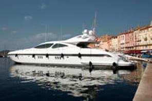Combien les milliardaires payent pour amarrer leur yacht
