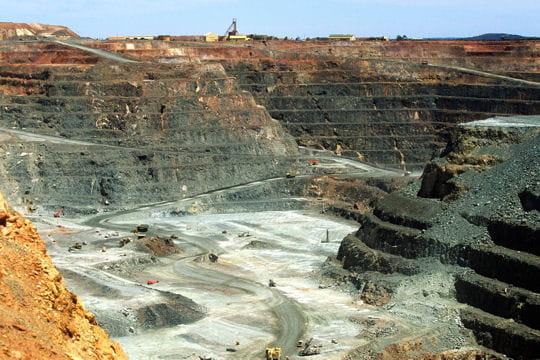 Un cratère de 3,8km de long en Australie