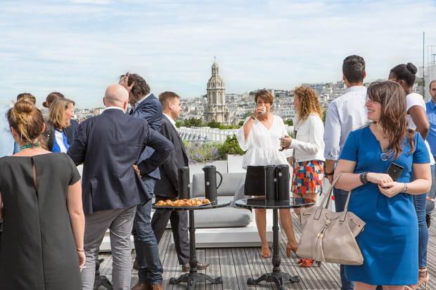 AOL s'offre les toits de Paris pour conquérir le monde