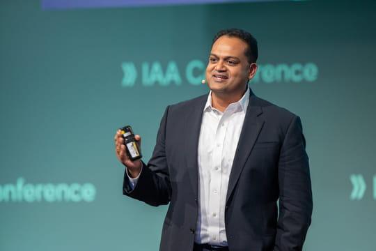 """Sanjay Ravi (Microsoft) : """"Sans services, l'industrie auto finira comme les fabricants de smartphones"""""""