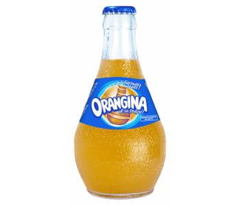 une bouteille d'orangina.