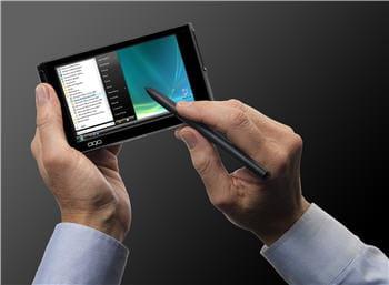 500 grammes à la pesée et pourtant un écran tactile, 2go de mémoire, et un
