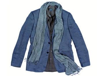 veste bleue et foulard mexx