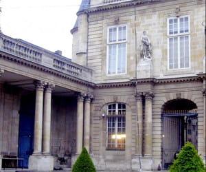 les archives nationales, dans le 3e arrondissement.