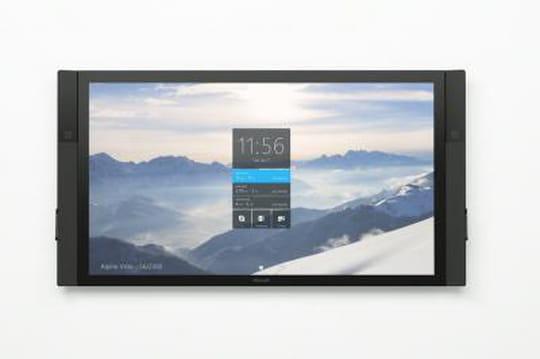Windows 10 : Microsoft présente sa tablette géante Surface Hub