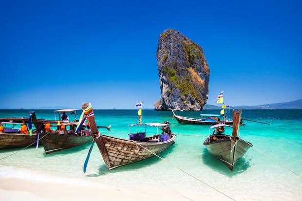 19e: Phuket, Thailand, 121,01£ par personne et par jour (156,4€)