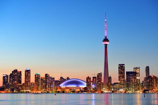 16e : Toronto, Canada, 112,18 £ (145,11 €)