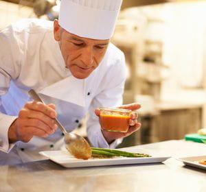 les émissions de cuisine ont le vent en poupe. au travail, aussi, la gastronomie