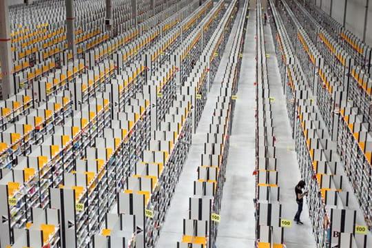 Amazon dépasse les 100 milliards de dollars de chiffre d'affaires en 2015