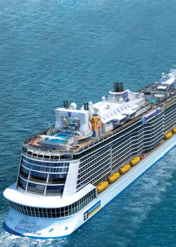 le quantum of the seas compte 2090cabines et suites.