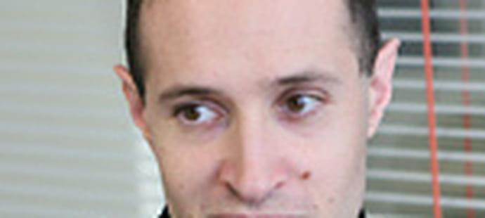 """Thomas Serval (Microsoft):""""Avec Visual Studio 2010, nous allons de la génération de code au test logiciel"""""""