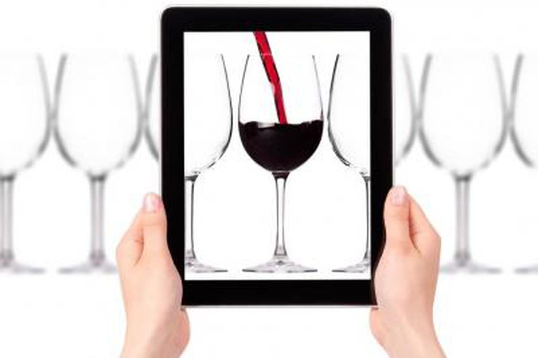 .vin et .wine: un accord trouvé, victoire d'Axelle Lemaire sur l'Icann