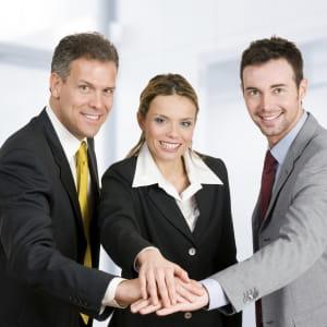 vos collègues peuvent vous aider pour vous imposer.