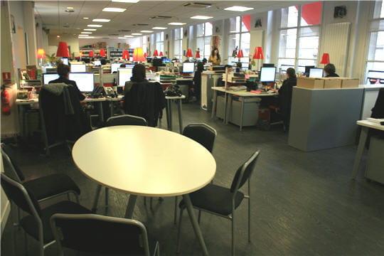 Locaux Allociné : open space