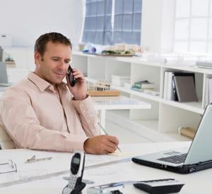 communiquez vos dates d'absence à vos clients, ils se montreront compréhensifs.