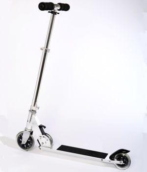la trottinette est bien mieux adaptée à l'inter-modalité que le vélo ou le