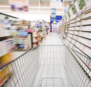 l'hypermarché apparaît comme un lieu de tentation pour les consommateurs