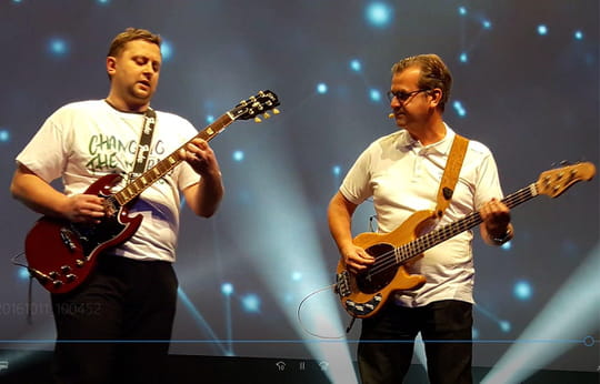 OVH Summit 2016: Octave Klaba et Laurent Allard à la guitare (la vidéo)