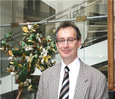 henry-michel rozenblum est délégué général de l'asp forum