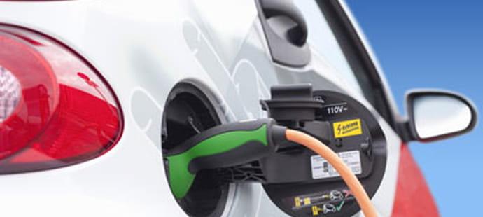 Effectuer sa recharge de voiture électrique  à la station-service O'SiToiT