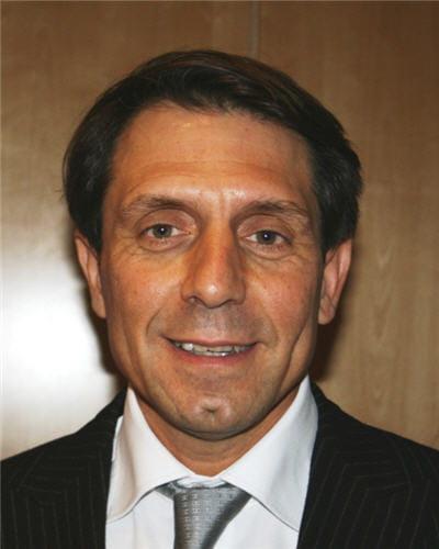 françois francon, directeur des ressources humaines du groupe de promotion