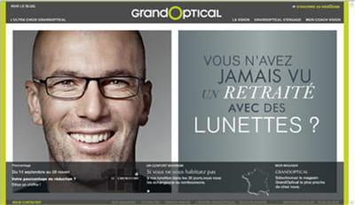 zinedine zidane prête sont image à l'enseigne grand optical depuis trois ans.