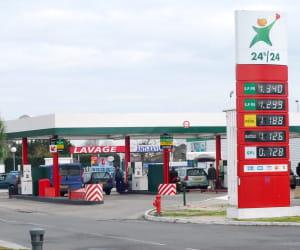 le prix du gazole dans les stations géant a baissé de 3,37% en 2009.